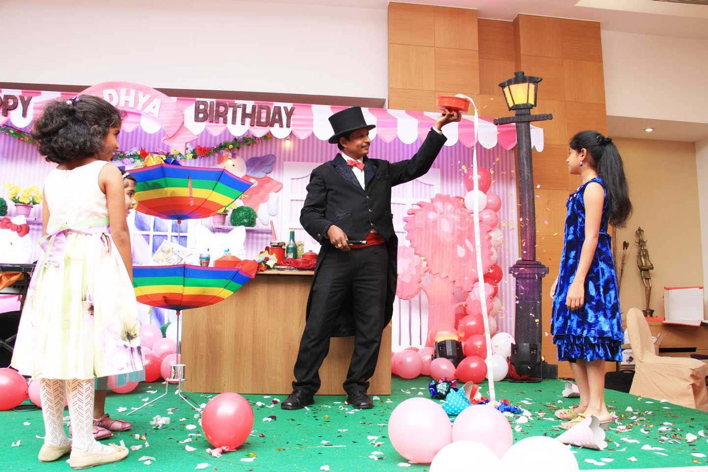 Why Magicians For Birthday Necessary In Parties